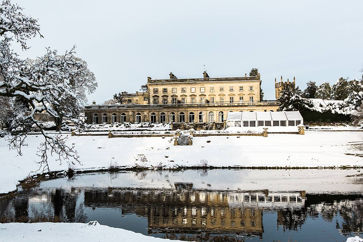 Cowley Manor in snow photography wedding