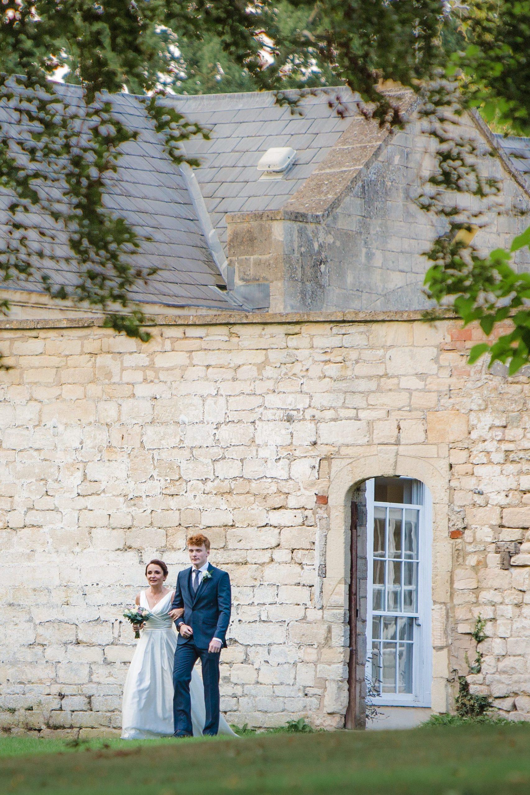wedding photographer wedding eastington park orangery wall