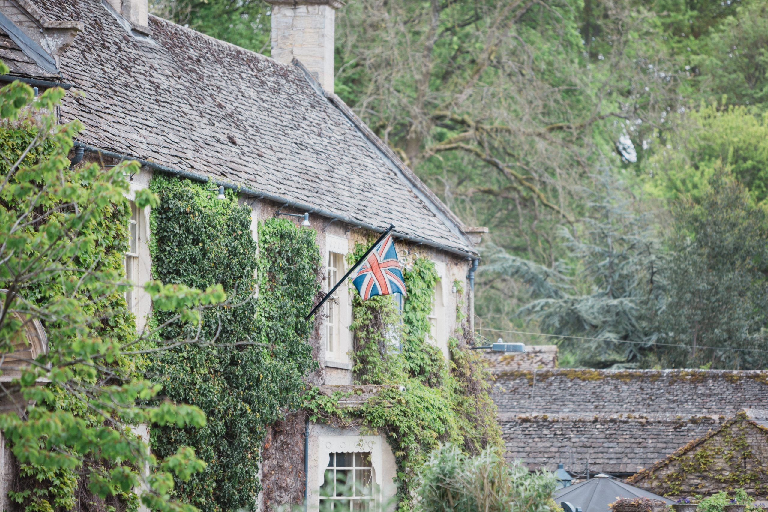 flag at the Swan Bibury