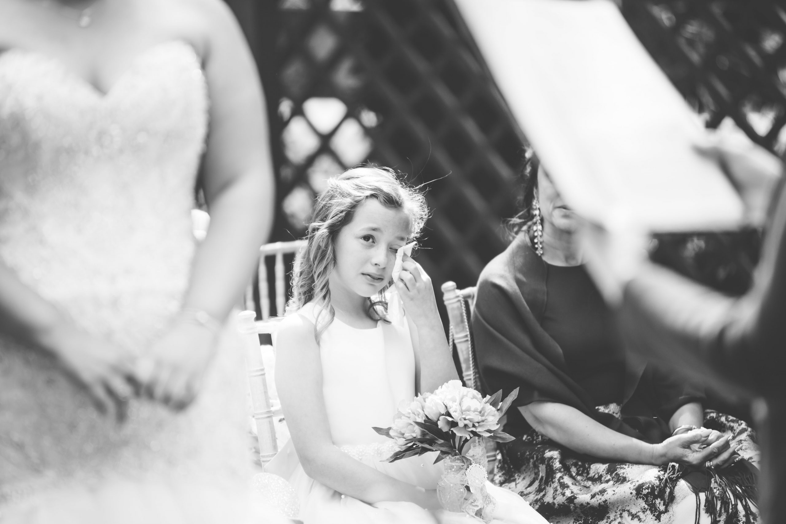 daughter crying cotswold wedding photography