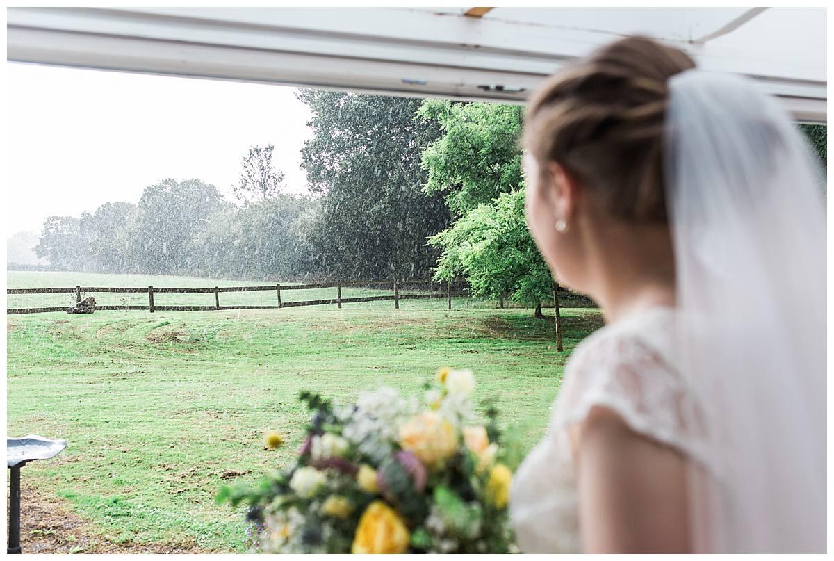 rain on day gloucestershire wedding photography