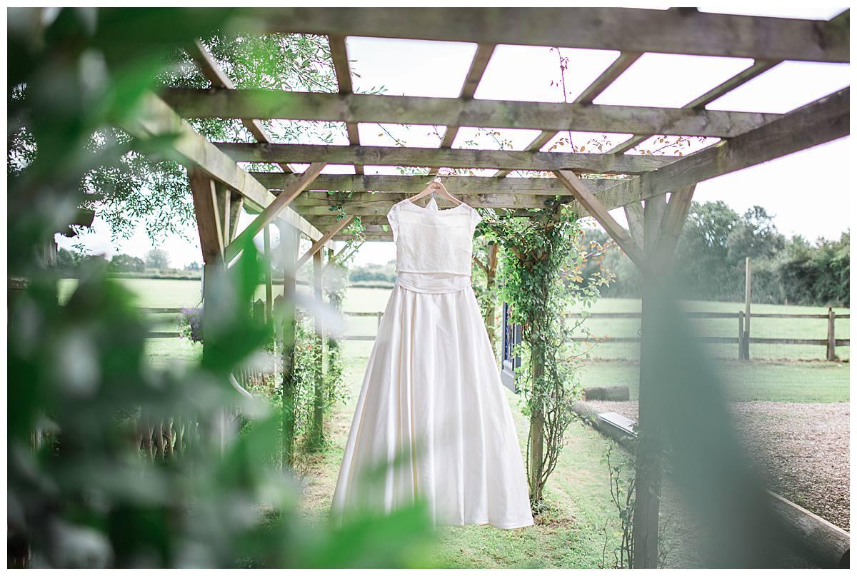 wedding dress gloucestershire wedding photography