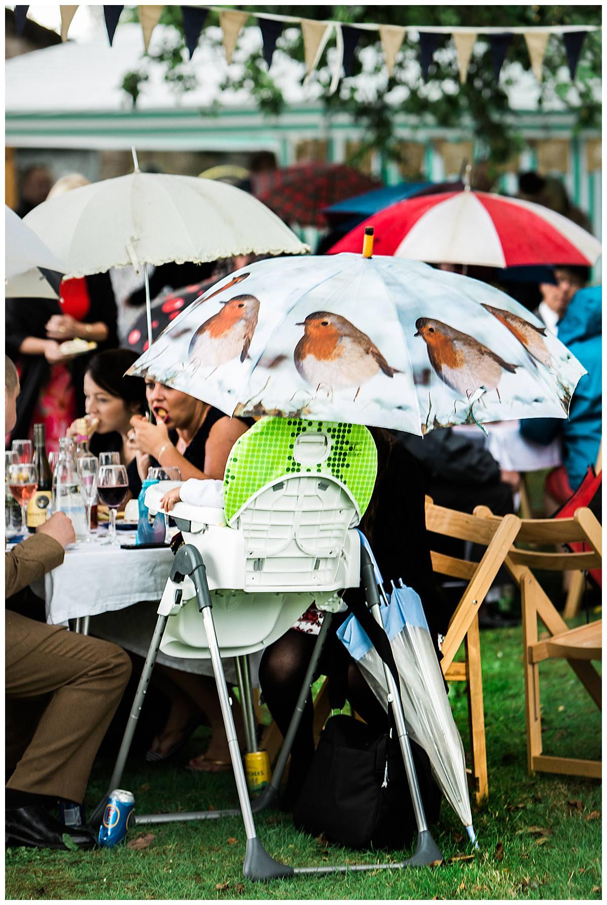 robin umbrella gloucestershire wedding photography