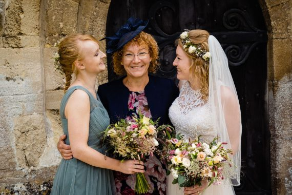 micro wedding photographer mum and daughters