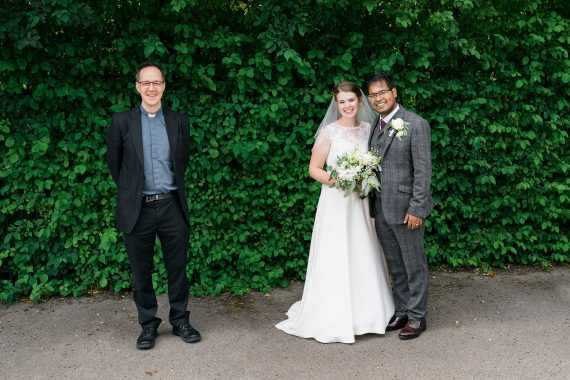 socially distanced pictures micro wedding photographer