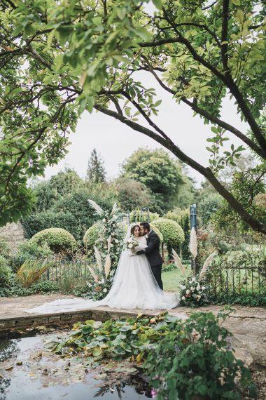 cotswold micro wedding barnsley house gloucestershire october wedding